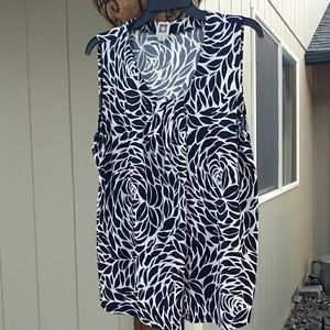 XL Anne Klein Sleeveless Shirt